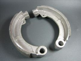 Brake shoes rear 8 inch wide Vespa Super (VNC, VBC)
