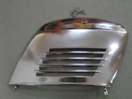 Engine cover chrome with lock Vespa V50,PV