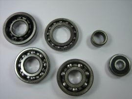 """Bearing kit engine SKF or FAG (with two-piece bearing) """"HQ"""" Vespa PV, V50, PK"""